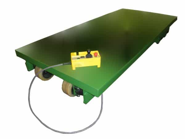Self-Propelled Tandem Lift Table lowered