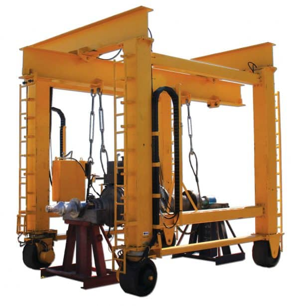 Self-Propelled Straddle Crane